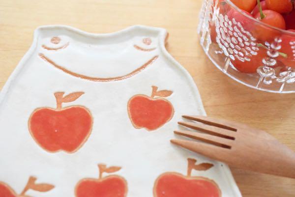 りんごのプレート