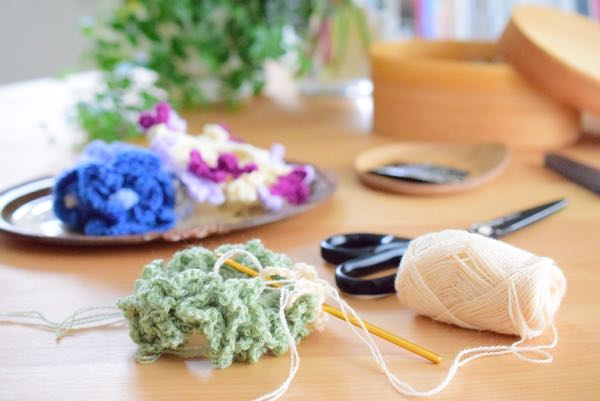 編み物風景