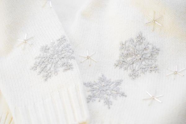 スノーフレークのビーズ刺繍