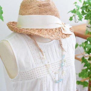 アクアマリンのナチュラルネックレス着用イメージ