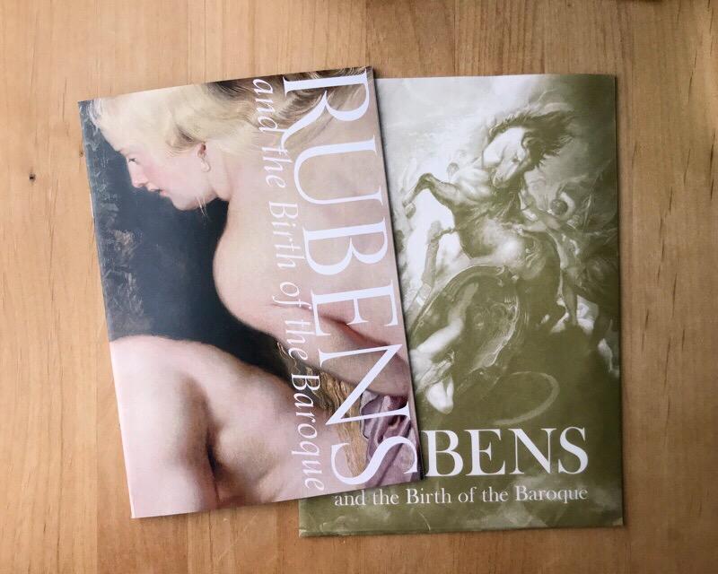 ルーベンス展で買ったもの。A5サイズの美しいノートを購入しました。
